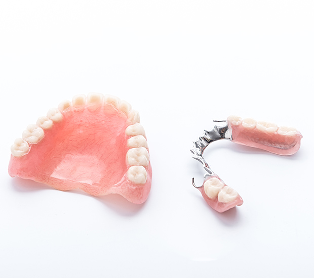 Chino Partial Dentures for Back Teeth